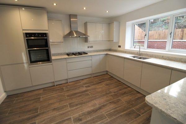 derbyshire house developer